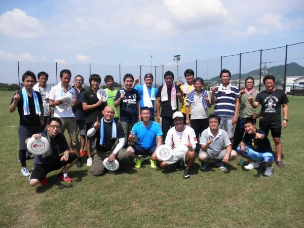 福岡フライングディスク協会の三笠事務局長によるアルティメット練習会